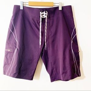 LULULEMON ATHLETICA | Wave Shorts